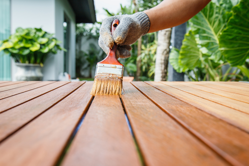 How to Achieve Smooth Results When Painting Wood