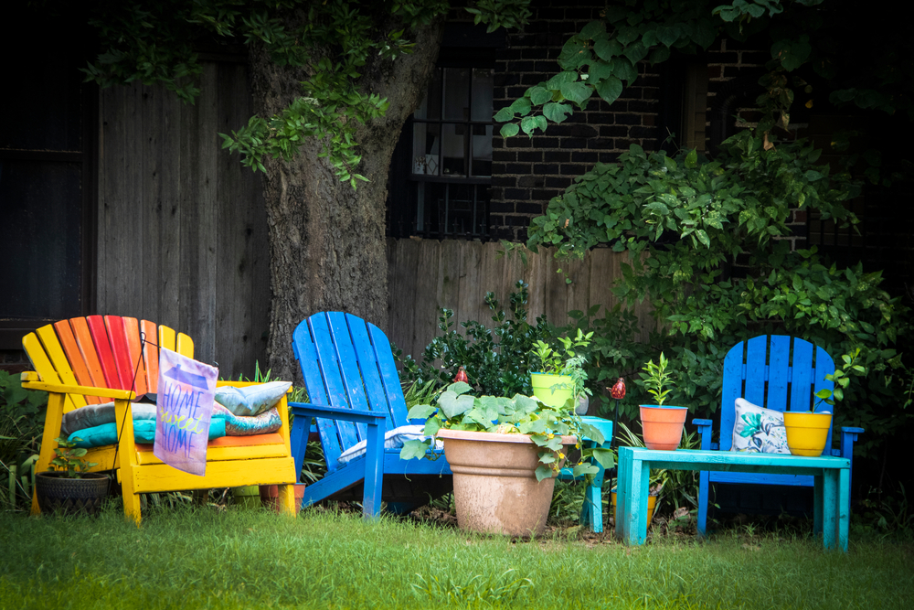 Tips on Using Paint in the Garden